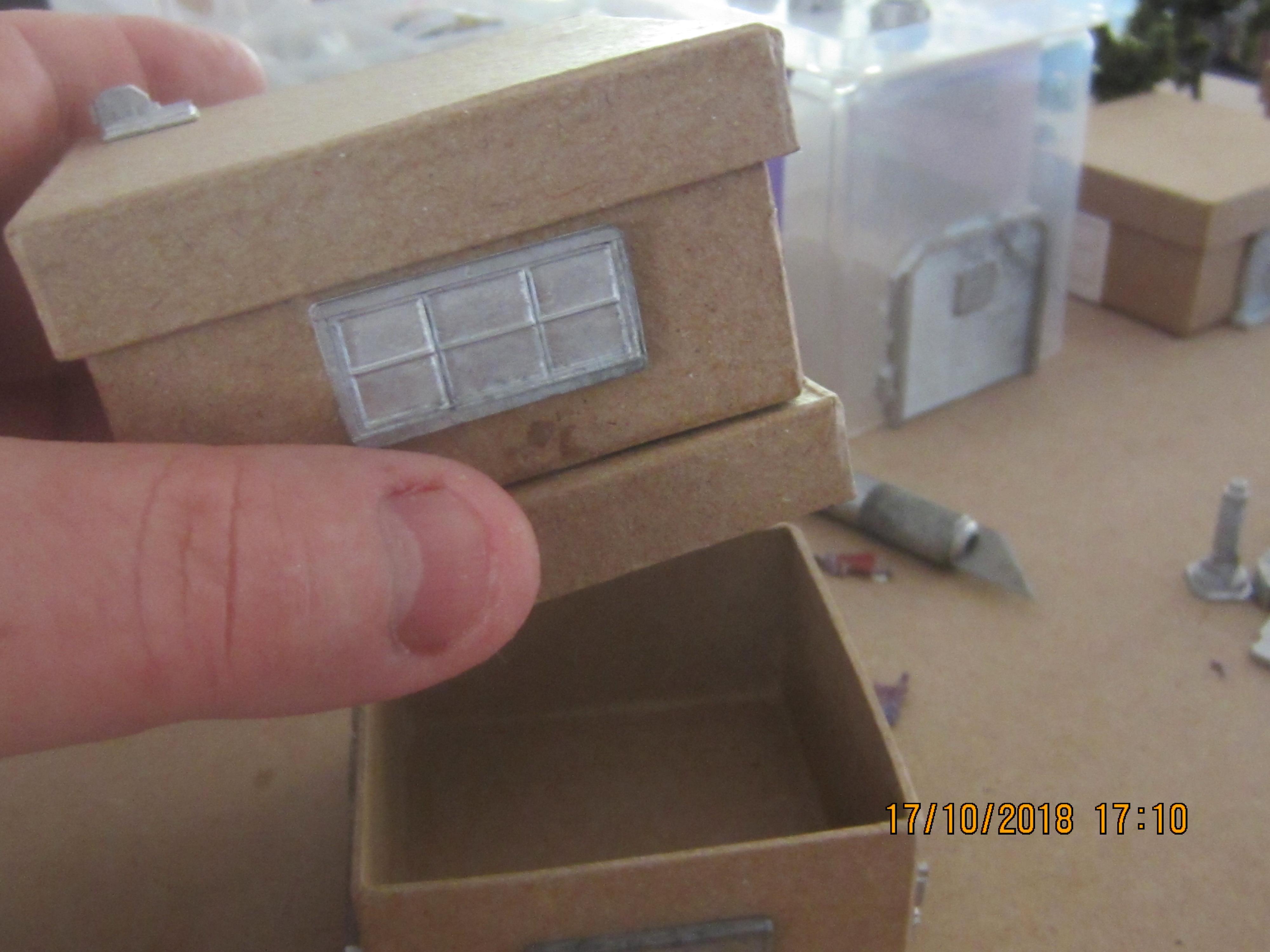 Gift Box Housing 3